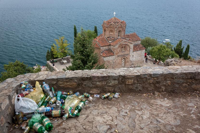 Make Macedonia clean again